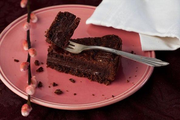 gefüllter Schokoladenkuchen